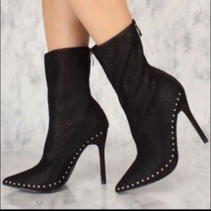 Shoes - BNIB Black lace pointy toe studded ankle bootie